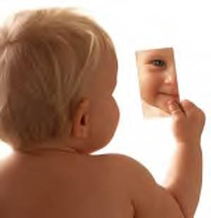 http://francobeck.files.wordpress.com/2011/02/todos-nc3b3s-ao-nascer-ganhamos-um-espelho.jpg